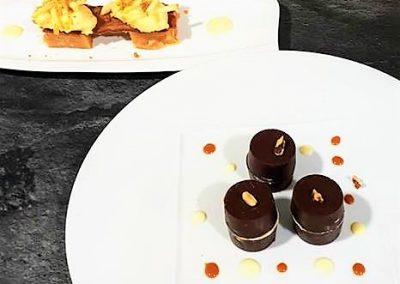 Côques en chocolat noix caramel et tuile craquante pommes au genièvre de Houlle