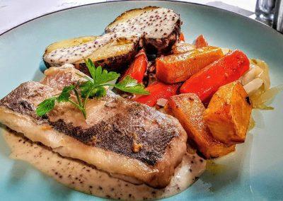 Merlu et légumes accompagnement saison